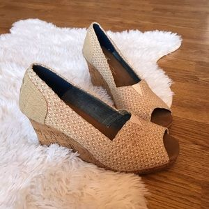 Toms 6.5 Woman's Wedges NWOT